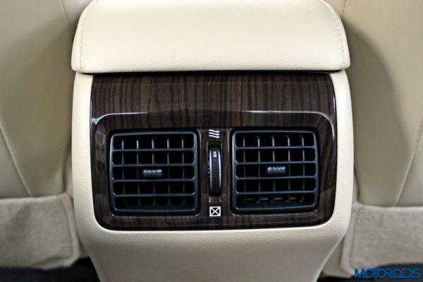 2015 Toyota Camry Hybrid rear AC vents