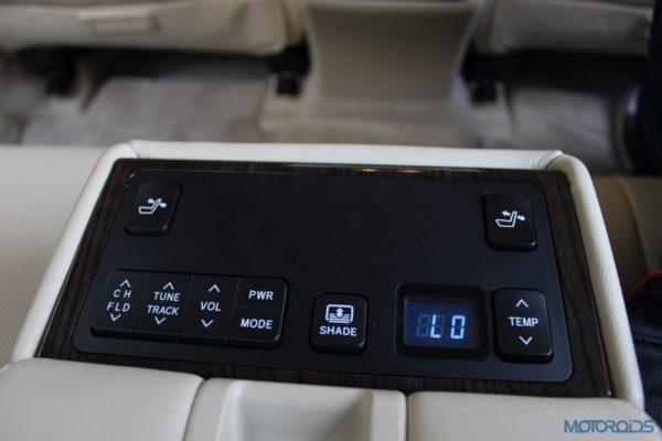 2015 Toyota camry hybrid (3)
