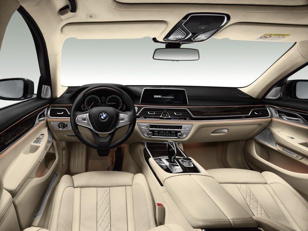 2016 BMW 7 Series (64)