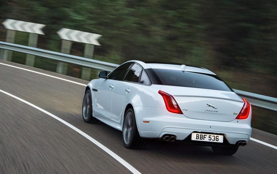 Sixth Sense Jaguar Researching On Reading Driver S Brainwaves To