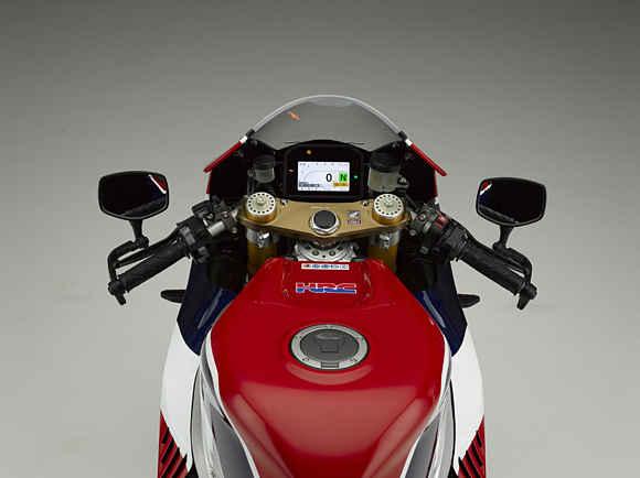 Honda RC213V Handlebar and Instrument Cluster