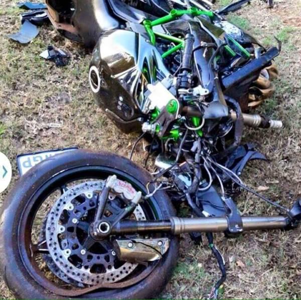 Kawasaki Ninja H2 Accident - 3