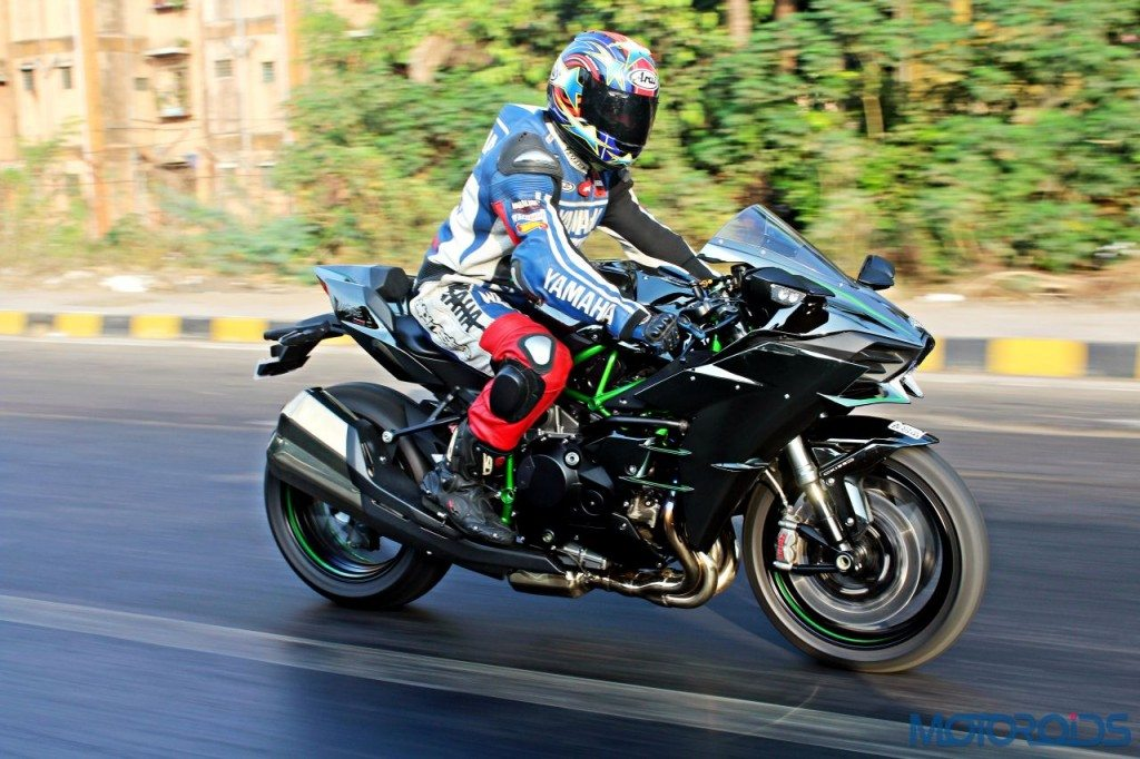 Kawasaki Ninja H2 - Ownership Review - Action Shots (41)