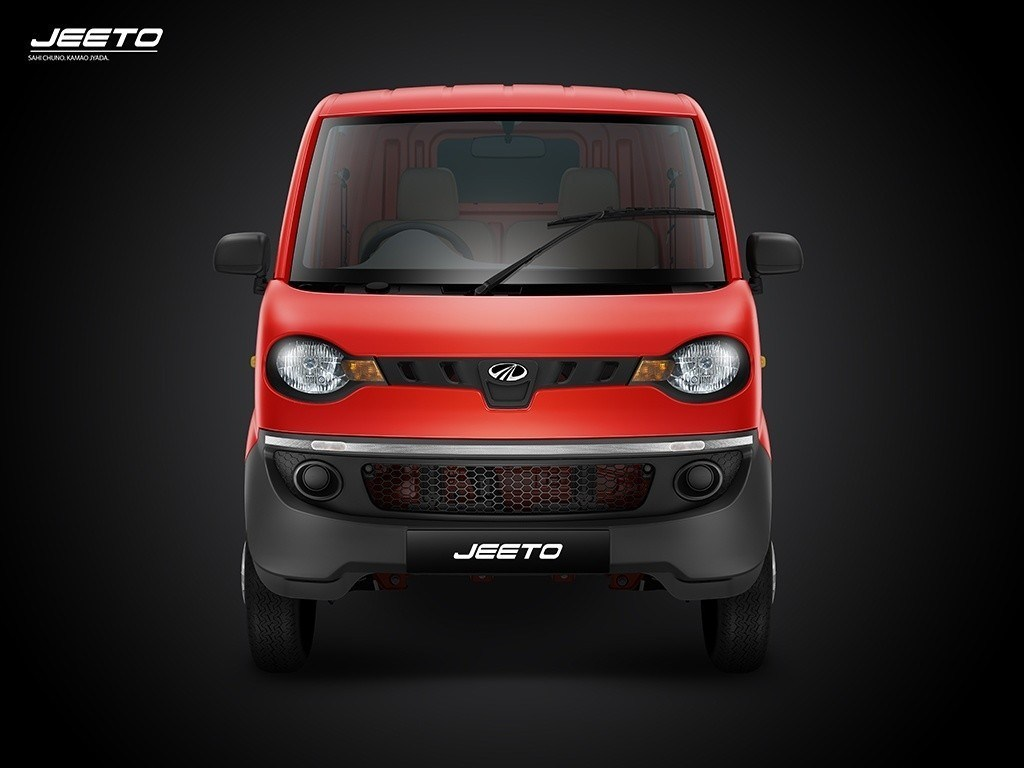 Mahindra-Jeeto-front-red