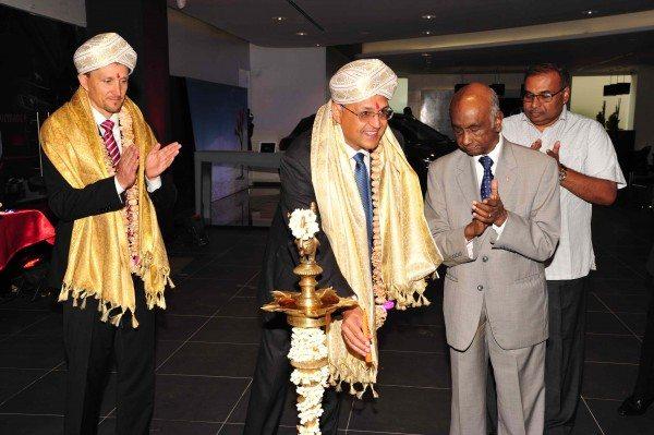 Mercedes-Benz inaugurates city showroom in Bengaluru (2)