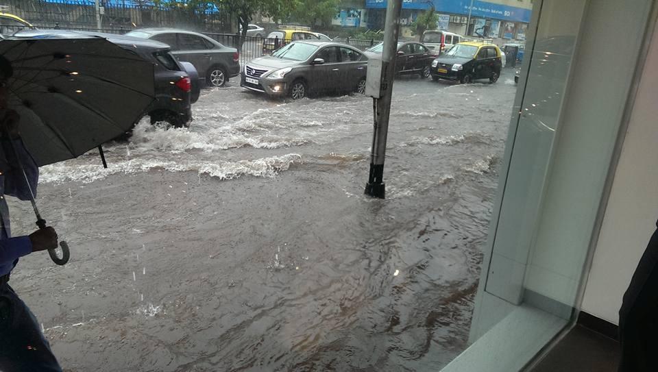 Mumbai Rains (1)