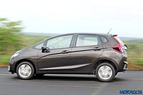 New 2015 Honda Jazz side (5)