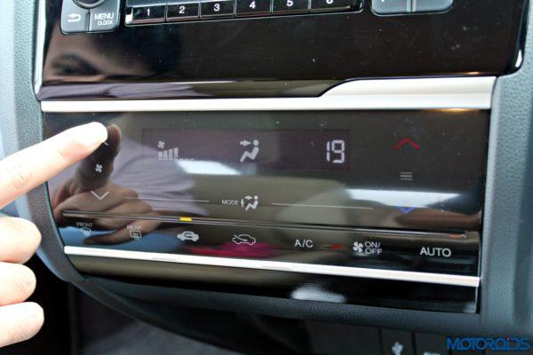 New 2015 Honda Jazz touc panel
