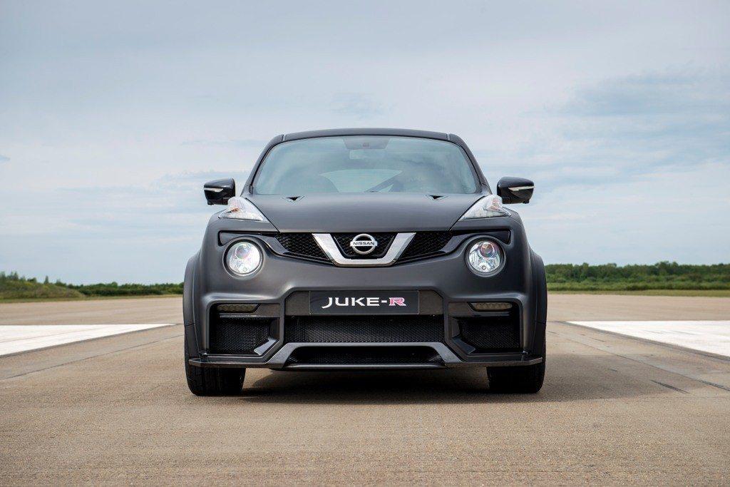 Nissan Juke-R 2 (3)