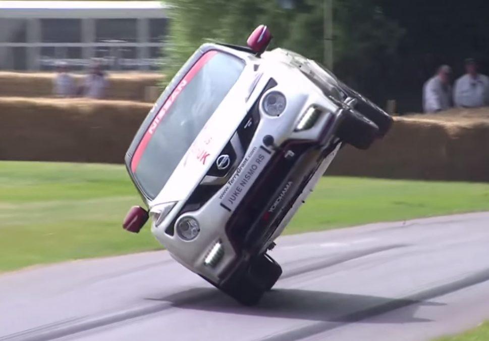 Nissan Juke RS on two wheels