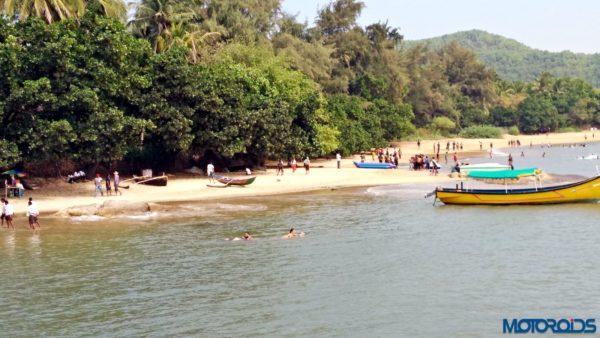 Om beach gokarna (1)