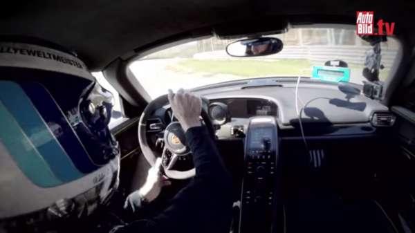 Porsche 918 crash Walter Roehrl (2)