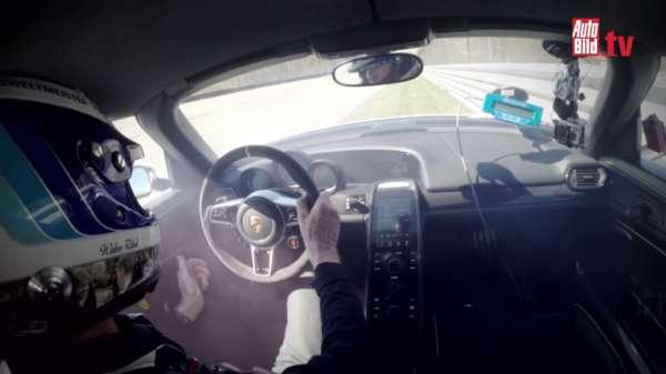 Porsche 918 crash Walter Roehrl (4)
