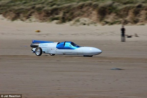 The jet reaction - Land speed record bike (2)