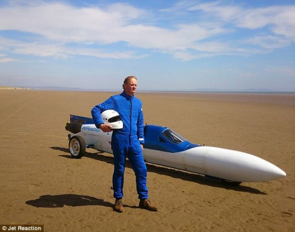 The jet reaction - Land speed record bike (3)