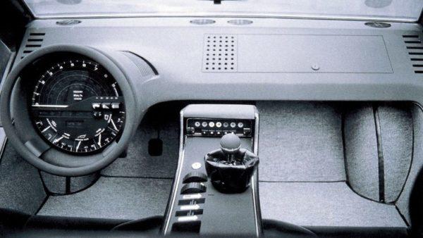maserati-boomerang cockpit