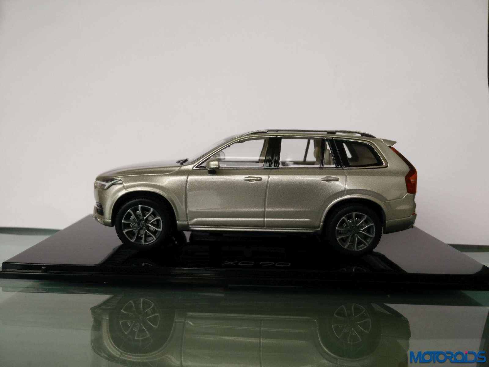 volvo-xc90-scale-model (1)