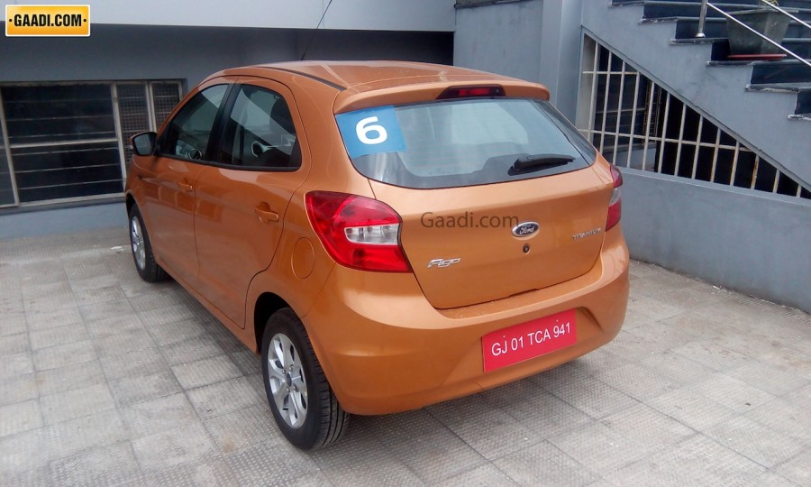 2015 Ford Figo hatchback (4)