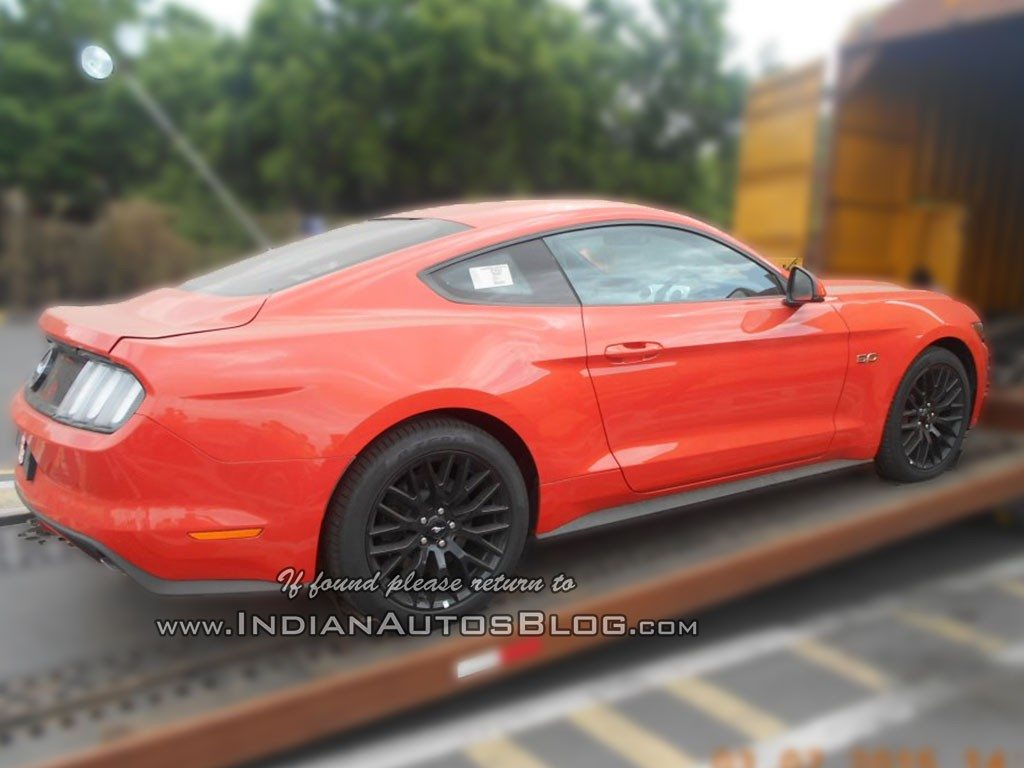 2015 Ford Mustang spied in India (3)