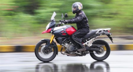 2015 Suzuki V-Strom 1000 wet riding