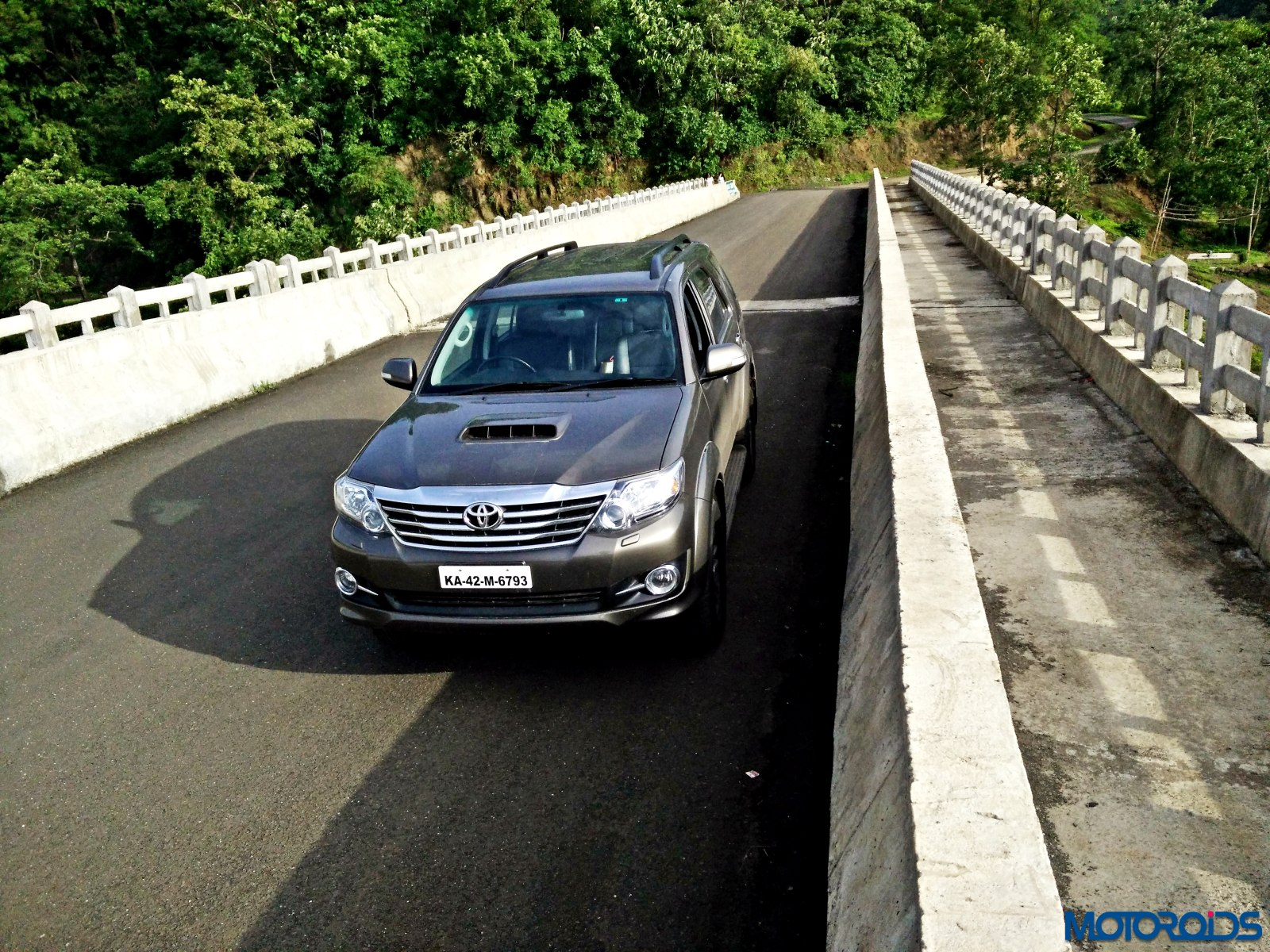 2015 Toyota Fortuner 3 0 4×4 AT review : Ageless Brawn