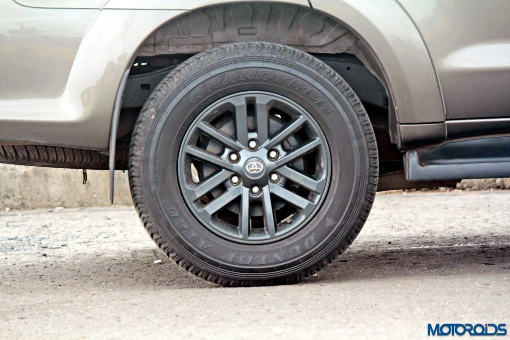 2015 Toyota Fortuner 3.0 4x4 AT wheel