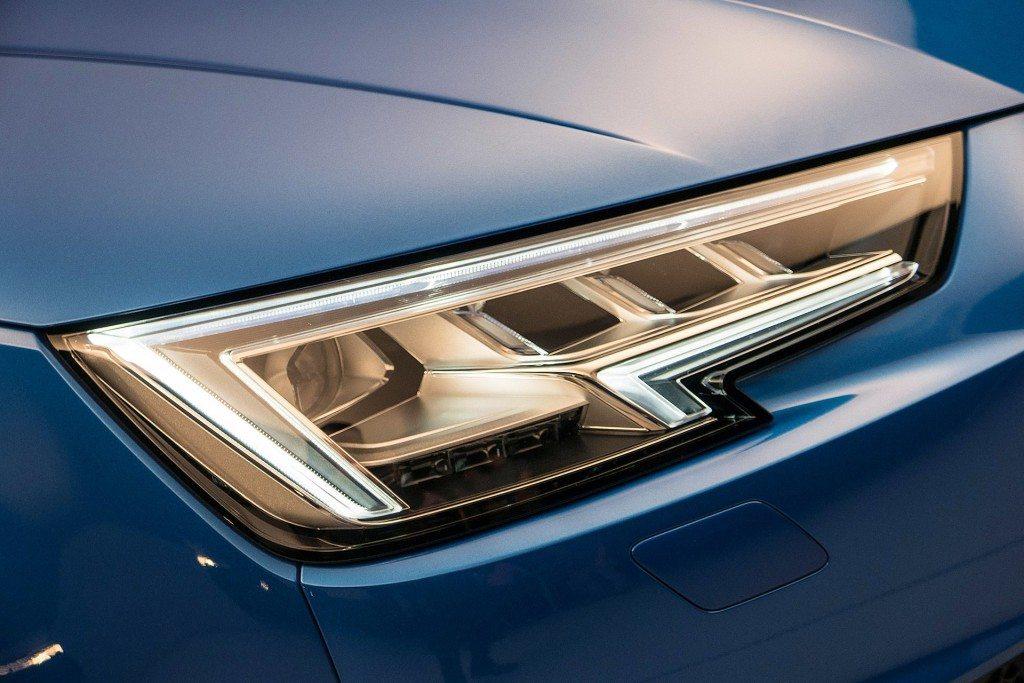 2016 Audi A4 Headlamp