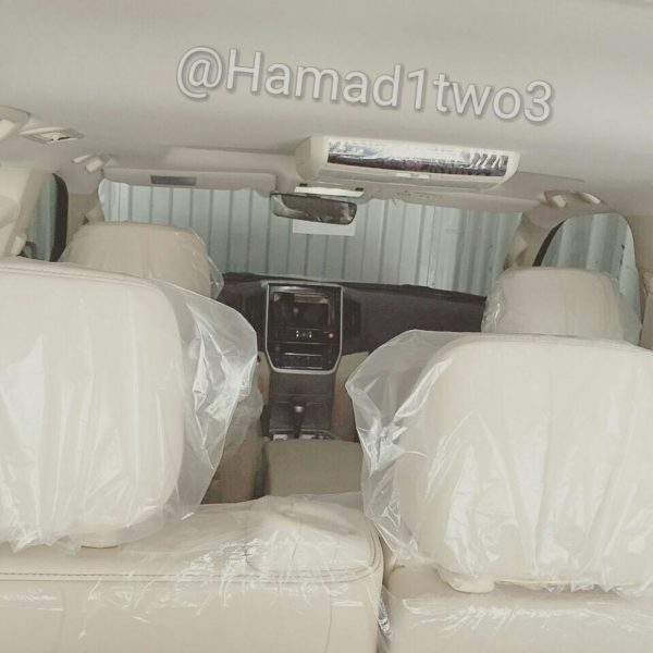2016-Toyota-Land-Cruiser-cabin-spotted-undisguised