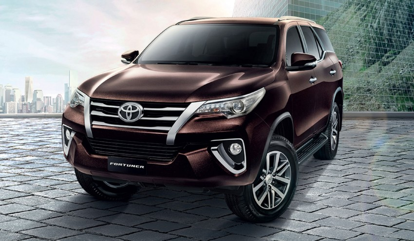 2016_toyota_fortuner_revealed
