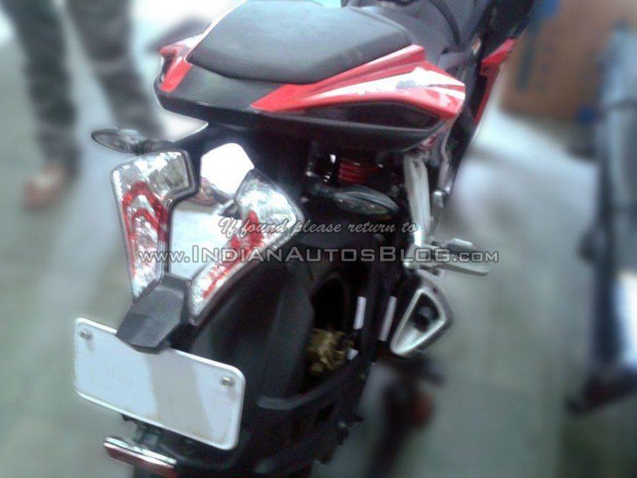 Bajaj Pulsar RS400 gets spied (4)