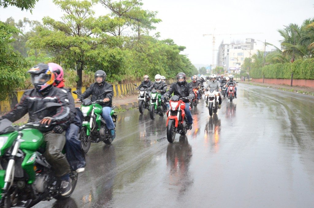 DSK Benelli Riders on Road -1
