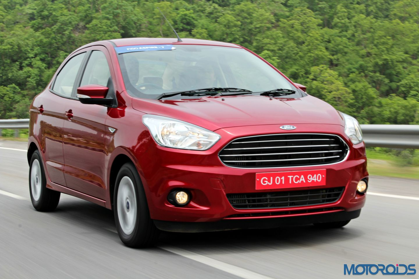 Bookings for Ford Figo Aspire begin from July 27, 2015; launch in ...