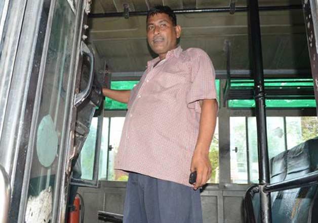 Gurdaspur-Bus-driver-saves-75-onboard