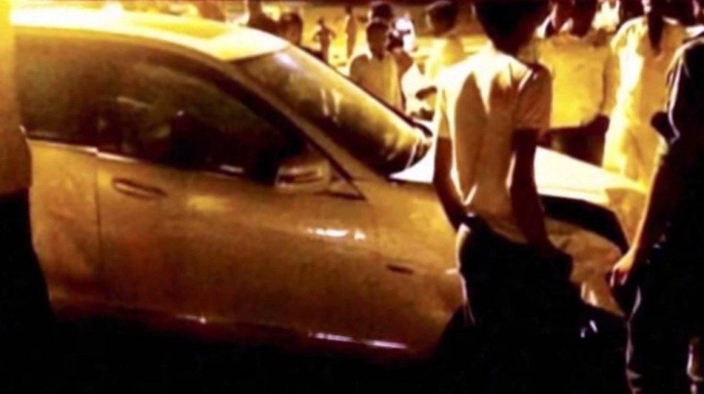 Hema malini crash mercedes
