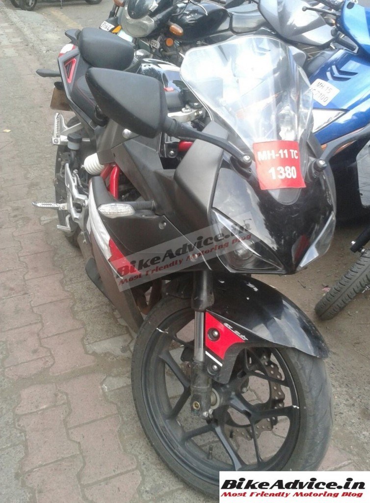 Hyosung-GD250R-sportsbike-spied-in-India