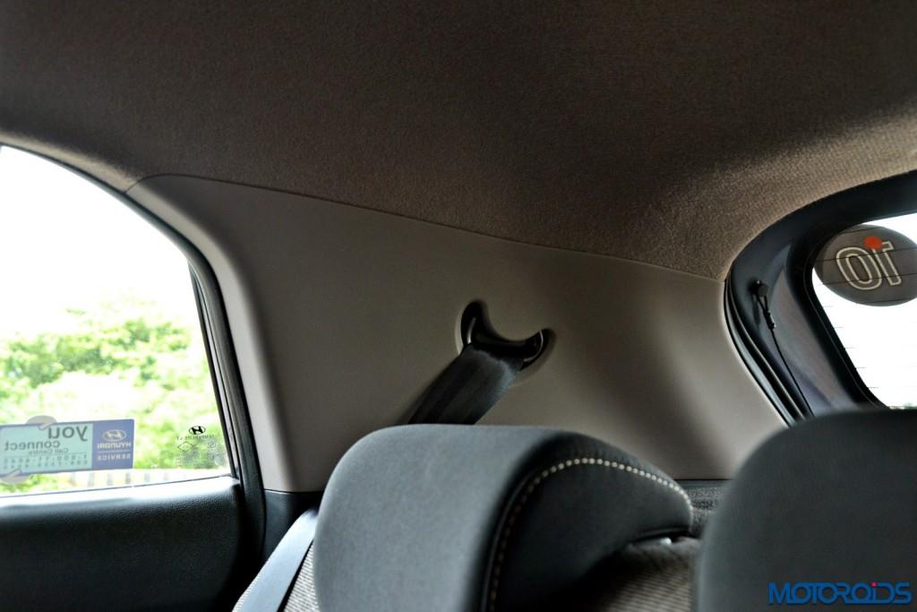 Hyundai Creta rear seat headrests (2)
