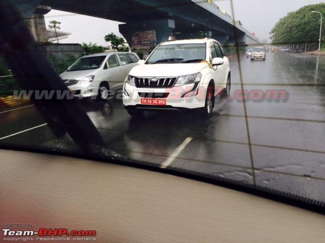 Mahindra XUV500 Petrol (3)