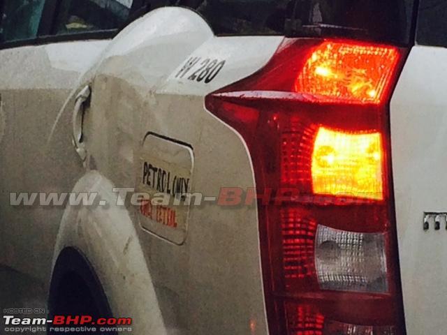 Mahindra XUV500 Petrol (4)