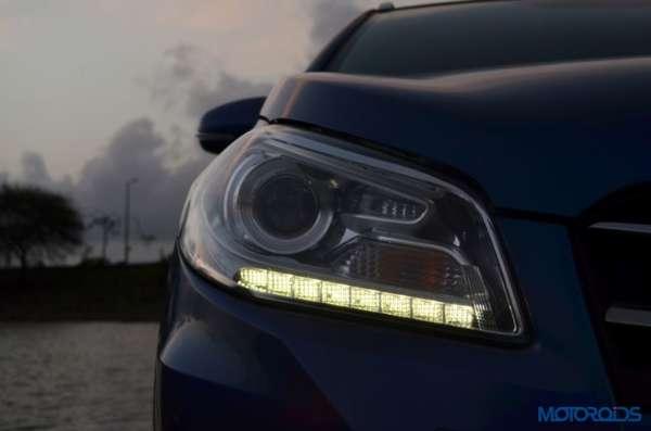 Maruti Suzuki S-Cross Headlamps (3)