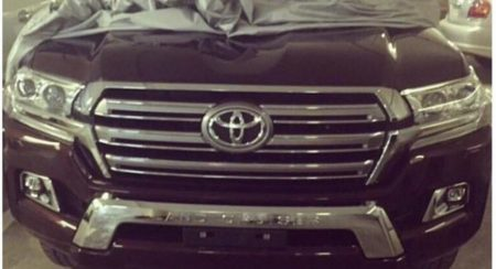 New Land Cruiser spied (3)