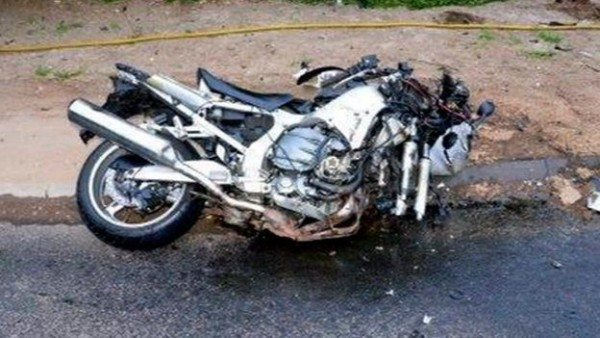 The shocking condition of Holmes' motorcycle depicts the severity of the crash
