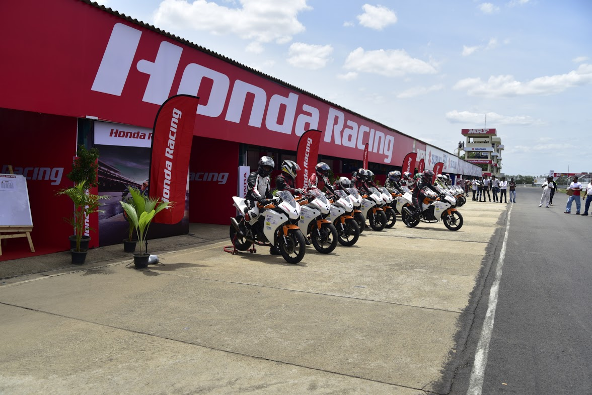 honda-one-make-race-2015-1
