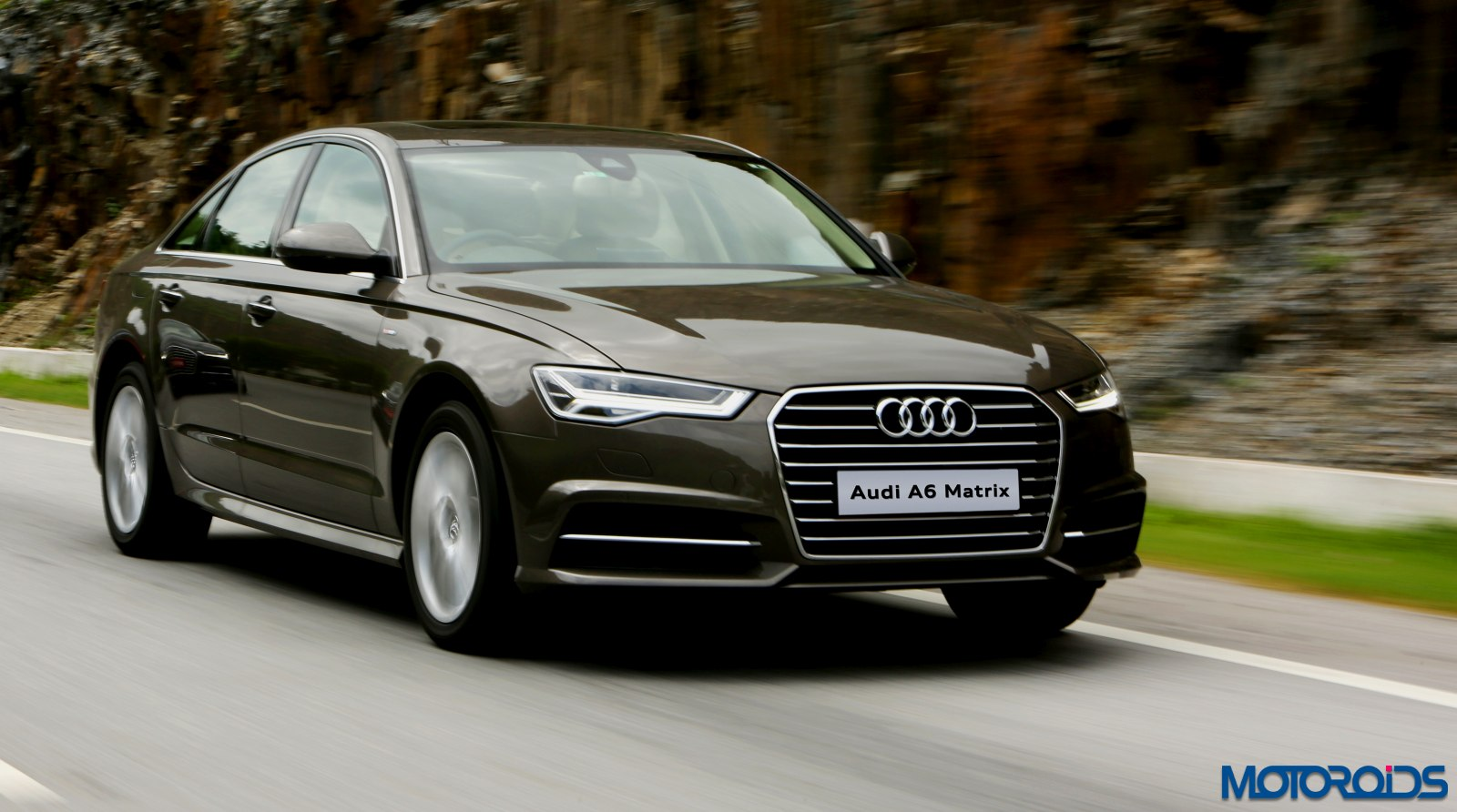 2015 audi a6 matrix facelift india review 5. Black Bedroom Furniture Sets. Home Design Ideas