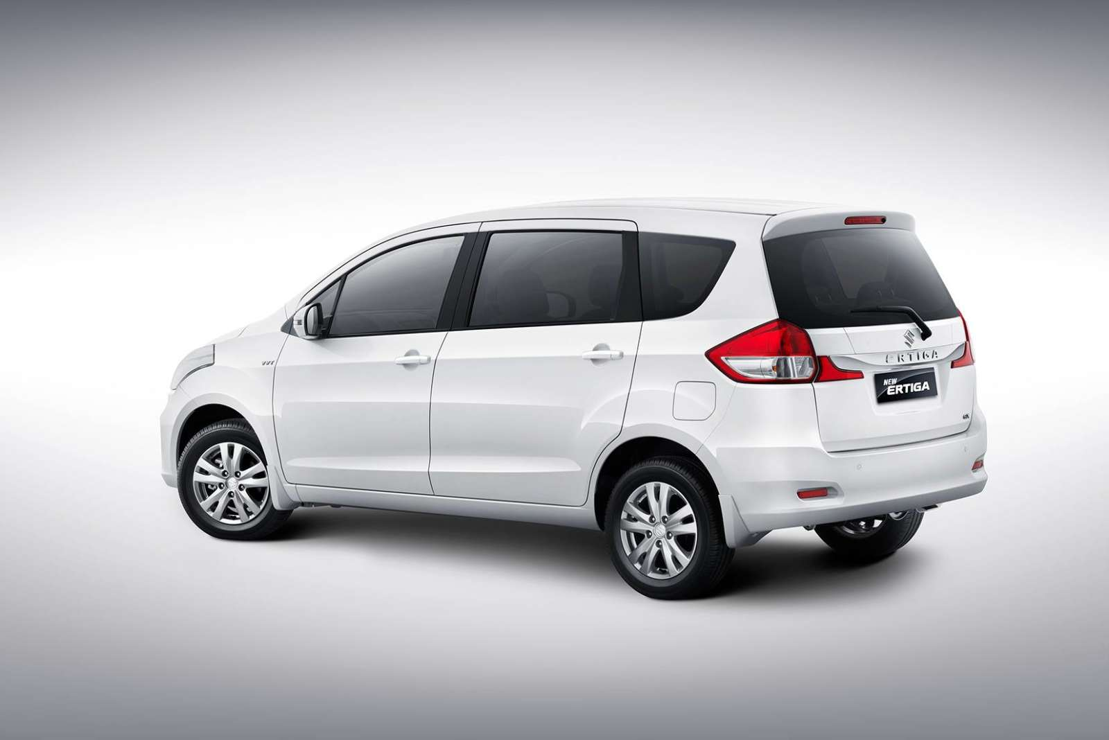 2015 Suzuki Ertiga (Maruti Ertiga Facelift) Revealed In