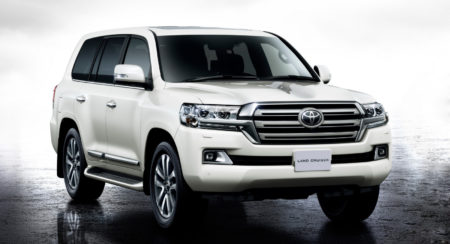 2015 Toyota Land Cruiser 200 (1)