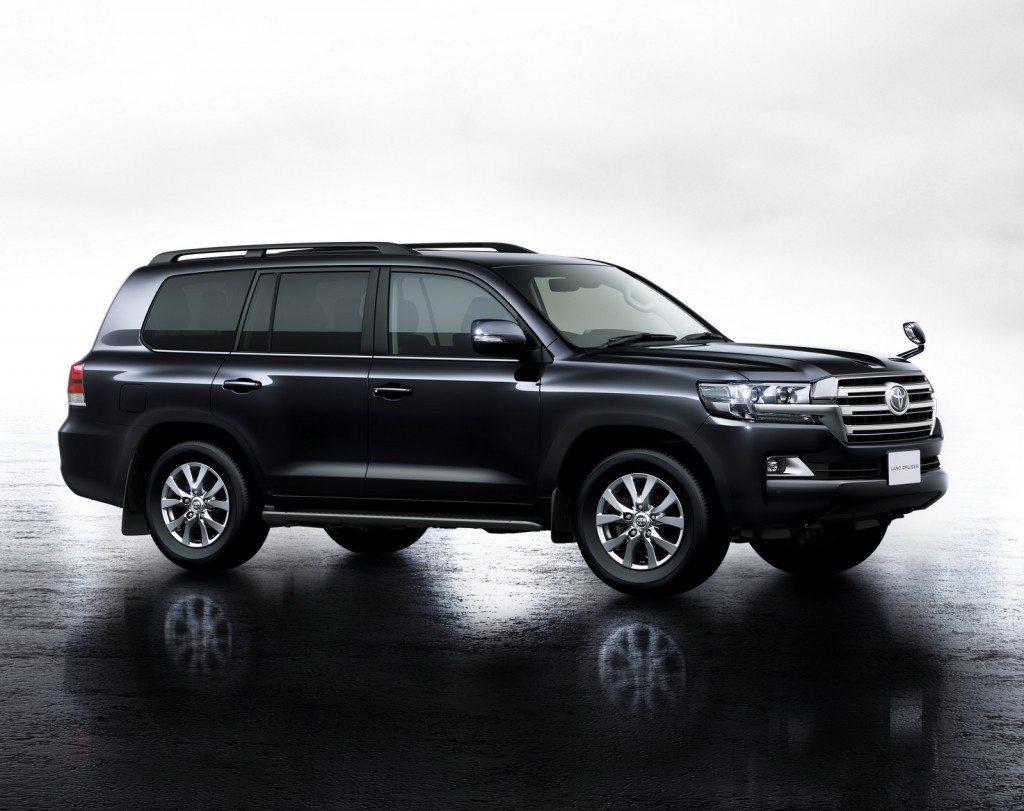 2015 Toyota Land Cruiser 200 (4)
