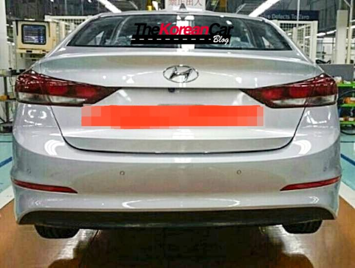 2016 Hyundai Elantra rear