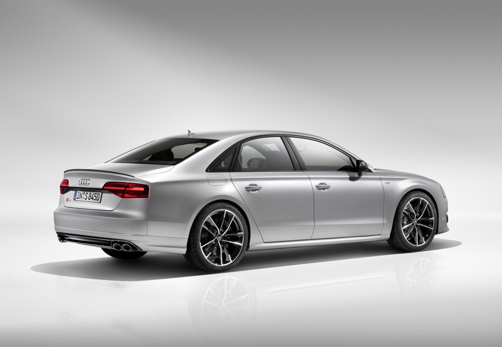 Audi S8 Plus (15)