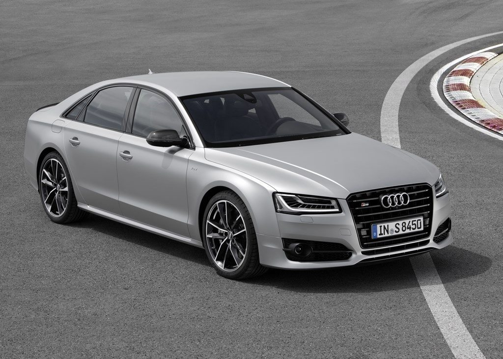 Audi S8 Plus (19)