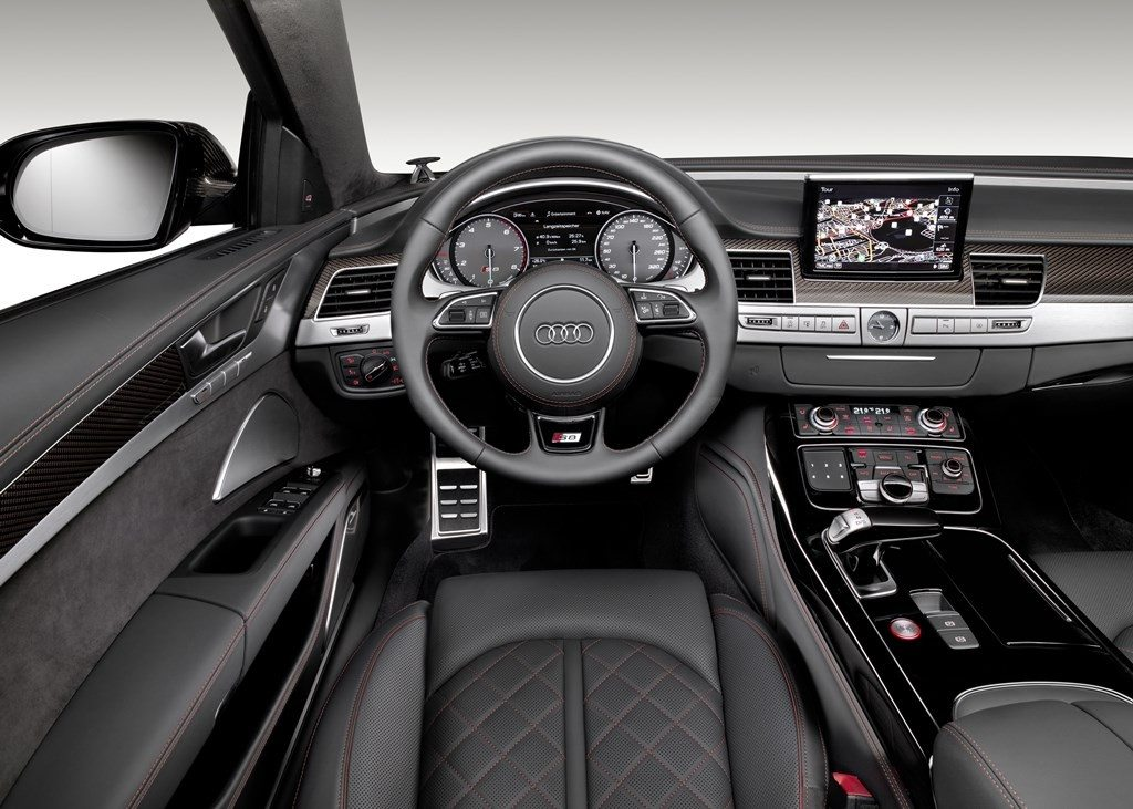 Audi S8 Plus (22)